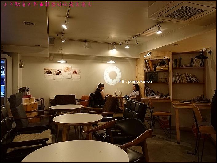 弘大 下面咖啡 提拉米蘇 (6).JPG