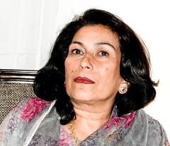 Eschewing politics - Sanam Bhutto (Doc Kazi) Tags: sanam seema bhutto larkana sindh pakistan zulfikar ali nusrat murtaza shahnawaz london 1957 birth karachi non politician apolitical