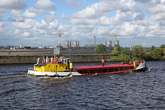 'Loach' Runcorn Old Quay 13th July 2016 (John Eyres) Tags: loach passing runcorn old quay fiddlers ferry power station construction new mersey crossing can be seen 130716 manchestershipcanal