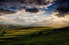 Evening Light (Peter Quinn1) Tags: derbyshire sunburst eveninglight lowsun stanageedge