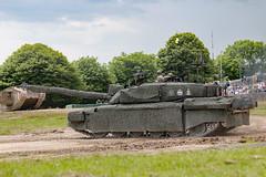 Challenger 2, British Army, TankFest, Bovington, Dorset (Kev Slade Too) Tags: dorset britisharmy armour challenger bovington tankfest