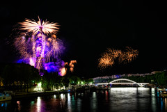 14th July 2016 - Bastille Day Fireworks (Nomadist Eye) Tags: eiffel seine paris france tower firework bastille day 14 july 2016 national celebration artifice night