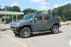 H2 Hummer (excellence III) Tags: old cars h2 hummer