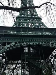 Kings Dominion - Eiffel Tower (Bottom View) (batterymillx) Tags: kings dominion kingsdominion doswell virginia eiffel tower eiffeltower replica elevator