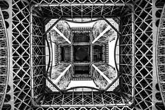 The Tower (Le monde d'aujourd'hui) Tags: latoureiffel eiffeltower paris composition squares blackandwhite