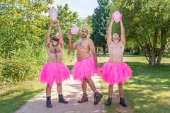 En chaque homme sommeille une part de fminit (Lova Photo - Vanessa Longo Renard) Tags: crazy men fun funny nature tutu pink autoderision fou