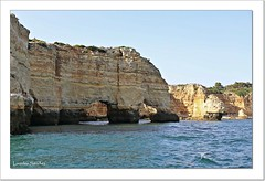 El Algarve - Portugal (Lourdes S.C.) Tags: acantilados rocas oceanoatlántico costaatlántica elalgarve portugal