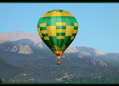 """Flaming Wonder"" in the Rockies (ctofcsco) Tags: 1400 250mm 28300mm 50d 71 canon colorado coloradosprings ef28300mm ef28300mmf3556lisusm eos50d explore f71 flamingwonderhotairballoon pilotjohnkugler superzoom telephoto unitedstates usa labordayliftoff ldlo 2016 balloon balloons city co cool crowd crowded crowds event explored festival fun geo:lat=3882831660 geo:lon=10479891560 geotagged happy hotair hotairballoon knobhill landscape memorialpark northamerica party photo photograph pic picture pretty prospectlake renown pikespeak"