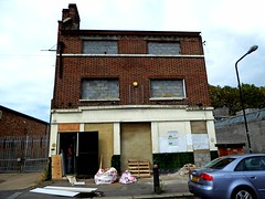Prince of Wales- Walthamstow (Draopsnai) Tags: princeofwales pub lostpub shutdownpub derelict walthamstow brunnerroad centralstation east artful