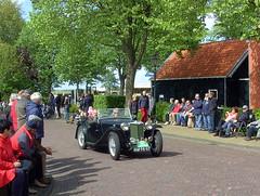 1949 MG TC (Davydutchy) Tags: auto holland classic netherlands car automobile tour rally may nederland cities voiture mg tc vehicle oldtimer eleven friesland rallye klassiker 2015 frysln sleat elfstedentocht vetern sloten automobiel
