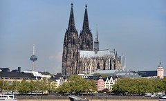 Cologne Cathedral viewed from the east bank of the Rhine (edk7) Tags: city urban building church skyline architecture germany deutschland gothic cologne kln unescoworldheritagesite altstadt nordrheinwestfalen romancatholic klnerdom colognecathedral 2015 northrhinewestphalia oldstructure 12481880 nikonafnikkor28105mm13545d edk7 hohedomkirchestpetrus nikond610