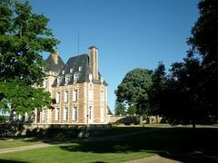 Menilles (27) - Le château (gueguette80 ... Définitivement non voyant) Tags: old france castle village chateau parc ancien eure pacy menilles