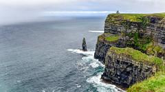 Cliffs of Moher (Ricardo Martinez Fotografia) Tags: acantilados cliffs d810 europa green ireland irlanda landscape moher nikon ricardomartinez riscos