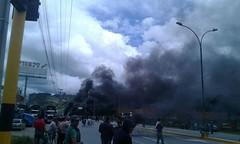 Enfrentamientos en Duitama (Peridico ELDIARIO Boyac) Tags: paro camionero boyac muerto noticias duitama