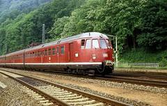 456 107  Zwingenberg  06.06.80 (w. + h. brutzer) Tags: analog train germany deutschland nikon eisenbahn railway zug trains db zwingenberg 456 eisenbahnen triebwagen triebzug et56 triebzge webru