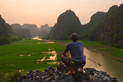 Contemplation (Steph Photographies) Tags: selfie vietnam travel holiday beautiful sunset exotism river asia ricefield rock mountains