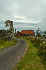 Croft (Rachel Dunsdon) Tags: croft jura dilapidated old ruin road scotland