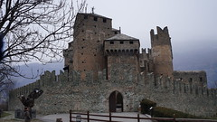 Castello di Fenis - Val d'Aosta (Italy) (luca_margarone) Tags: europe europa italy italia val aosta nord north castello chateaux fenil historic storico medievale medieval winter inverno
