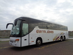 BK09RLZ Gwyn Jones in Blackpool (j.a.sanderson) Tags: bk09rlz gwynjones blackpool bryncethin bridgend setra s416gthd registered new june 2009 dcoaches morriston coach