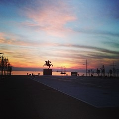 Thessaloniki (fil_____) Tags: sunset greece thessaloniki alexanderthegreat greekhistory neaparalia uploaded:by=instagram mythessaloniki