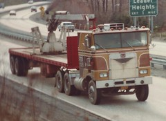 Marmon COE N-bound on I83 (PAcarhauler) Tags: tractor truck semi coe cabover marmon