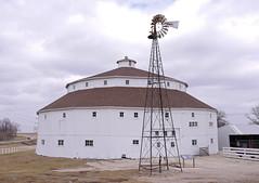SE of Joliet, Illinois (WORLDS APART PHOTO) Tags: illinois farming windmills agriculture joliet jolietillinois roundbarns windmillwednesday