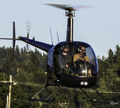 R-22 in hover (Rick Flack Photography) Tags: oregon airport helicopter troutdale ttd robinsonr22