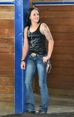 2016-07-15 (9) Laurel Park - tattoos (JLeeFleenor) Tags: photos photography md maryland marylandhorseracing girls woman femme frau vrouw donna mujer dona    ena kvinde nainen   n  wanita   kvinne  kobieta mulher  kvinna  kadn  horsepeople outside outdoors jeans tightjeans