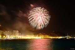 Fireworks 7 (Fotomondeo) Tags: fireworks fuegosartificiales alicante alacant hoguerasdesanjuan fogueres fujifilmxm1