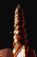 Las Vegas (jaffa600) Tags: unitedstates unitedstatesofamerica usa nevada lasvegas vegas sincity thesilverstate thesilvercity mojavedesert mojave lasvegasstrip lasvegasboulevard thestrip vegasstrip freemontst freemontstreet freemontstreetlasvegas freemontstreetexperience