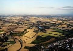 Le Gers vu d'en haut (Doonia31) Tags: gers haut ciel montgolfire vue paysage champs hauteur parcelles terrain horizon ballon