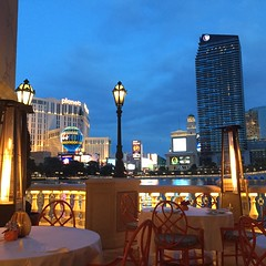 Dinner @ Picasso - Las Vegas - outdoor sitting with view of the Bellagio's fountain / show