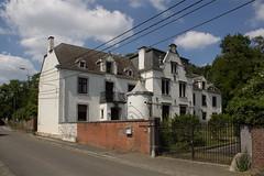 Braives - Rue du Centre (grotevriendelijkereus) Tags: town village belgium belgique ville liège wallonia braives walllonie
