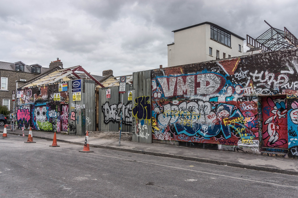 ACROSS THE STREET FROM THE DEMOLISHED WINDMILL LANE RECORDING STUDIOS  REF-104865