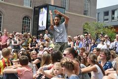 Compagnie Dyptik - D - Construction (c) Henry Krul (10) (Henry Krul) Tags: dance construction outdoor d henry op hip hop dans krul deventer straattheater streettheatre 2016 stelten dyptik