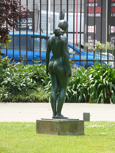 Parco Ciani - Lugano - bronze statue by Francesco Messina
