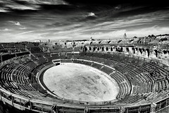 amphitheatre of nmes (davcsl) Tags: antiquit art arenes blackwhite bw biancoenero blackdiamond davcsl gard landscape europe france histoire history southoffrance nimes nmes noiretblancblackwhite languedocroussillon monochrome monotones romain roma romains nb occitanie noiretblanc roman sculpture scultura tradition amphitheatre flickrunitedaward