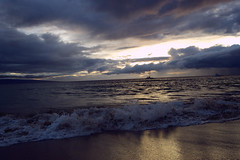 Maui Sunset (frankiefotocpa) Tags: ocean travel sunset hawaii maui capture awesome beautiful colors affinityphoto nikon sun photography nature vacation beach water sand waves
