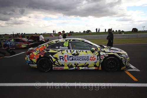 Árón Smith 's car during the Grid Walks at the BTCC 2016 Weekend at Snetterton