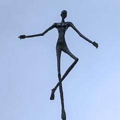 Jens Galschit figur p torvet i Tommerup 1 (Walter Johannesen) Tags: jens galschit figurer kunst art square tommerup torv center