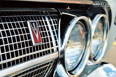 Hot Comet (Hi-Fi Fotos) Tags: mercury comet caliente 1964 v8 grille badge headlight detail ford chrome nikon d5000 hififotos hallewell