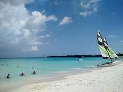 Playa Pesquero_2 (raquelpastor) Tags: guardalavaca pesquero holguin beach playa paradise paraiso relax people arena cuba travelling backpackers mochileros experience turismo livestyle