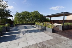 Bradley Low-Res12 (Chicago Roof Deck and Garden) Tags: pergola concrete porcelain roof deck chicagoroofdeck design landscape city landscapes roofdecks chicago outdoor spaces outdoorliving furniture synlawn ravenswood rooftop garden