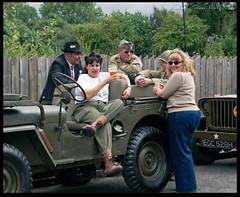 Jeep Group Shot 2 (zweiblumen) Tags: uk england dudley westmidlands tipton polariser blackcountrylivingmuseum 1940sweekend canoneos50d lumiquestpocketbouncer zweiblumen canonspeedlite430exii