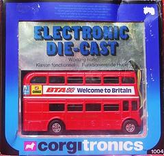 Beep Beep Bus (streamer020nl) Tags: greatbritain bus london toys corgi model beep gb 1981 claxon horn electronic 1004 diecast jouets klaxon bta hupe spielwaren mettoy corgitronics