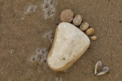 barefoot at the beach.... (s@ssyl@ssy) Tags: stones foot barefoot toes shore sand beach saublebeach lakehuron