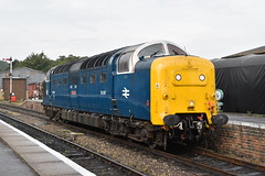 Pinza (simmonsphotography) Tags: nenevalley railway railroad locomotive engine train preserved preservation gala heritage class55 deltic 55022 royalscotsgrey 55007 pinza diesel dieselelectric electric
