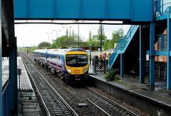 Manchester Airport - Cleethorpes (Headcode) Tags: uk england train diesel britain siemens rail railway lincolnshire gb railways cummins hydraulic ftp dmu 53105 51105 northlincolnshire desiro barnetby 1b74 class185 firsttranspennineexpress 54105 barnetbylewold voith 185105 mosl dsc0895 ardwickdepot dmosb cumminsqsk19 ©robertchilton 12052015 12may2015 5122015 1055manchesterairportcleethorpes ftpbluedynamiclines uerdingenkrefeld dmoclw voitht312bre voithsk485