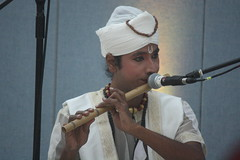 Mujali Island Monks (2016) 03 - musicians (KM's Live Music shots) Tags: worldmusic india mujaliislandmonks bahi indianbambooflute flutebritishmuseum