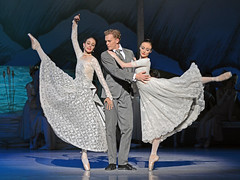 Dimity Azoury, Adam Bull, Amber Scott (DanceTabs) Tags: ballet dance dancers coliseum swanlake australianballet